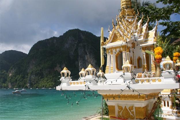 Phi Phi Islands Beaches Loh Dalum Tonsai Bay Long Beach: Beaches And Tonsai Village